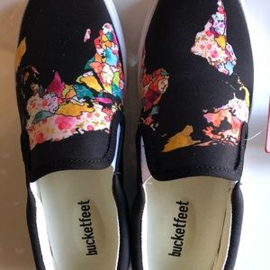 b96103097a1a Bucket Feet Shoes - Bucketfeet women s (6) NWT World map slip ons